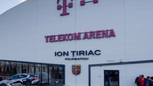 Ion Tiriac anunta ca autoritatile vor sa demoleze patinoarul pe care tocmai l-a construit