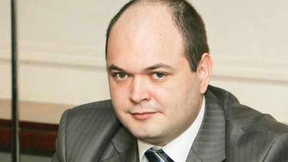 Ionut Dumitru, Consiliul Fiscal: Romania are nevoie de investitii, nu de sali de sport si panselute
