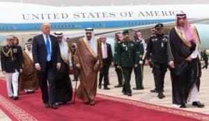 Ipocrizia si megalomania lui Trump, vazute in toata splendoarea in timpul vizitei in Arabia Saudita (Galerie Foto)
