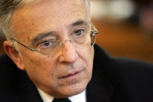 Isarescu: Corectiile dureroase de la jumatatea lui 2010 sunt suficiente