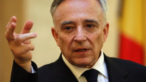 Isarescu: In sistemul financiar-bancar romanesc trebuie sa se intareasca concurenta