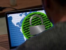 Isarescu: Multi vorbesc despre un adevarat razboi cibernetic in desfasurare. Nu este exclusa aparitia unei crize pe plan global