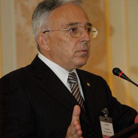Isarescu: Nu voi accepta o functie de premier