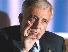 Isarescu: Prioritatea autoritatilor este reluarea cresterii economice pe baze sanatoase