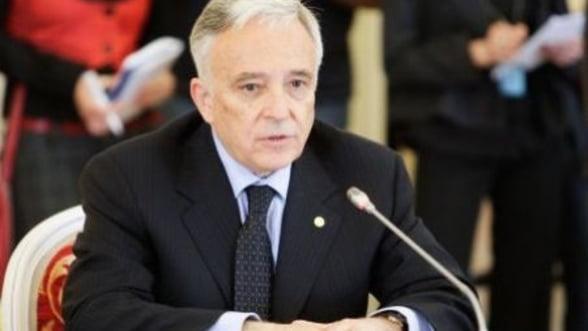 Isarescu: Restrictiile de capital din Cipru vor dura de la cateva saptamani la cateva luni