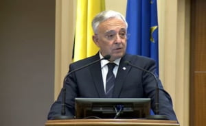 Isarescu, dupa ce Bruxelles-ul a estimat un deficit de 6,1% pentru 2021: E mai mult decat un pericol