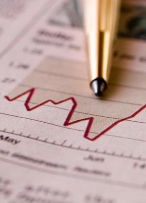 Isarescu: povara fiscala la nivelul intreprinderilor trebuie scazuta