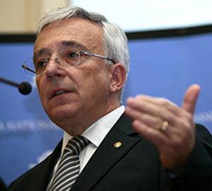 Isarescu: stabilitatea preturilor va duce la crestere economica