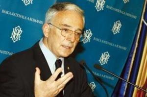 Isarescu declara razboi total creditarii