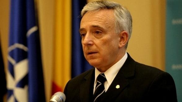 Isarescu ramane la conducerea BNR inca cinci ani: Parlamentul a avizat