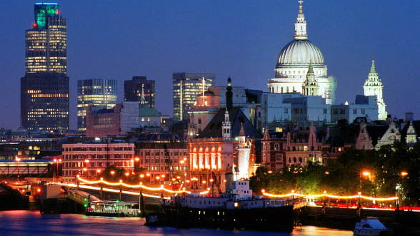 Iti faci planuri de vacanta pentru 2012? Vezi 10 orase ce nu trebuie ratate