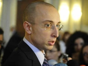 Iulian Urban cere suspendarea creditarii la bancile care nu aplica OUG 50/2010