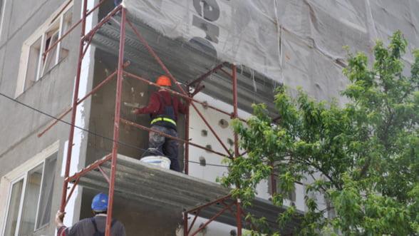 Izolarea termica a cladirilor publice ar putea fi asigurata cu bani din Fondul de Mediu