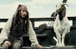Johnny Depp si-a cumparat o insula in Grecia