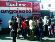 Kaufland face angajari: concurenta acerba pentru bani putini. Ce salarii ofera hipermarketurile din Romania