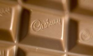 Kraft vrea sa majoreze oferta ostila pentru preluarea Cadbury