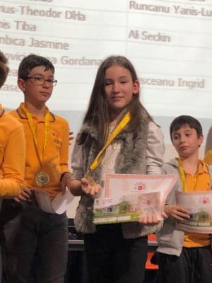 La 10 ani, o fetita a luat aurul la un concurs national de IT: Cum arata jocul programat de ea si ce mesaj are pentru copii