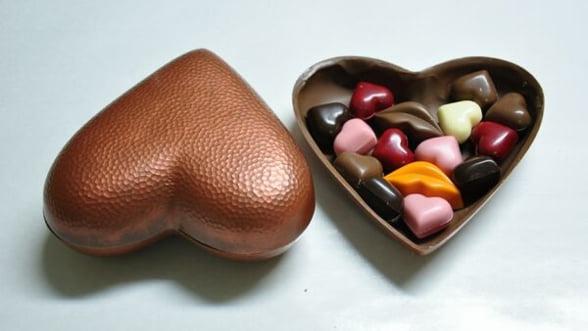 La Cisnadie, mesterii ciocolatieri au inceput productia de conserve de ciocolata