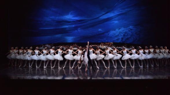 Lacul Lebedelor, cel mai apreciat balet al tuturor timpurilor, pe scena Operei Nationale Bucuresti
