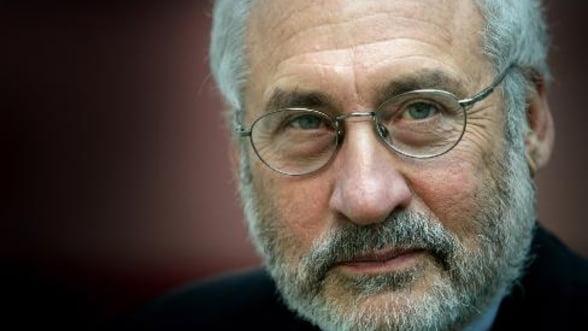 Laureat Nobel: Inasprirea politicii financiare din Europa, sinucidere colectiva