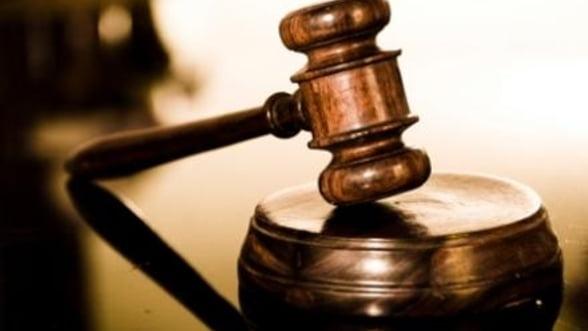 """Legea descentralizarii a fost, oficial, """"reclamata"""" la Curtea Constitutionala"""