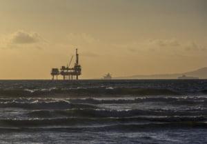 Legea exploatarii gazelor offshore se joaca cu focul