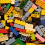 Lego intra pe piata din Romania