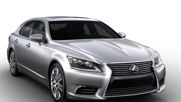 Lexus a lansat varianta LS 460 F Sport 2013. Vezi caracteristicile bolidului