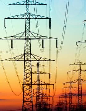 Licente retrase dupa scandalul cresterii pretului energiei electrice