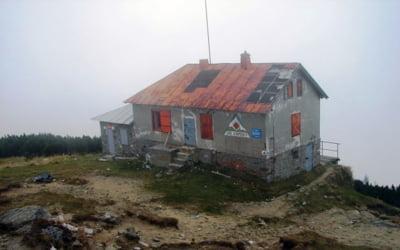 Licitatia pentru vanzarea Cantonului Jepi din Bucegi a fost amanata din cauza unor nereguli