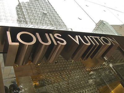 Louis Vuitton cumpara firma de ceasuri de lux La Fabrique du Temps