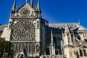 Lucrarile de reconstructie a catedralei Notre-Dame au fost reluate