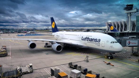 Lufthansa anuleaza 7.100 de zboruri pana la finele lunii martie, din cauza scaderii cererii