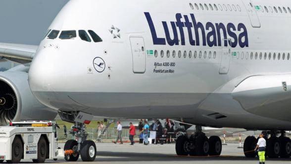 Lufthansa isi anuleaza 99 % din zborurile din cauza unei greve
