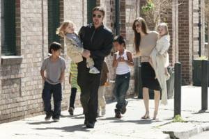 Lux in miniatura! Imbraca-ti copiii ca Brad si Angelina