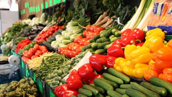 MADR: Aproape 50% din cantitatea de legume-fructe vanduta in hypermaketuri provine din Romania