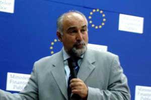 MTI: Varujan Vosganian a declarat ca Romania si-a propus aderarea in 2014 la moneda unica europeana
