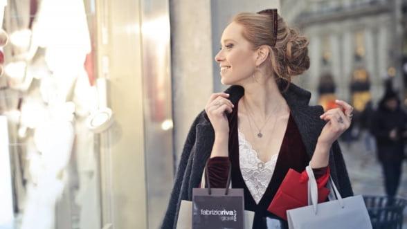 Magazinele cu articole vestimentare, un business de succes