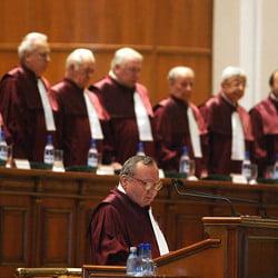Magistratii de Inalta Curte au castigat inca 1,65 salarii minime, in Legea unitara