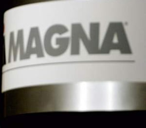 Magna a majorat oferta de investitii pentru Opel la 350 milioane euro