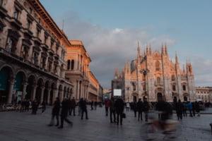 """Mai multi oameni din cel mai bogat oras italian raman fara bani si devin clientii caselor de amanet: """"ceasuri Rolex, coliere Cartier"""""""
