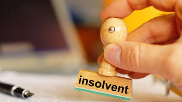Mai putine insolvente in prima parte a anului. Isi revine economia?