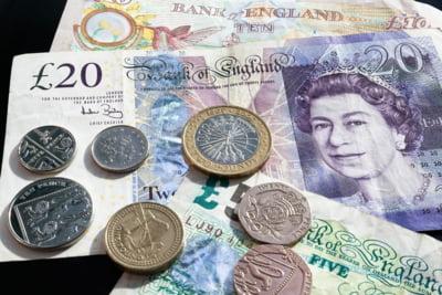 Marea Britanie: Cresterea salariilor a depasit inflatia