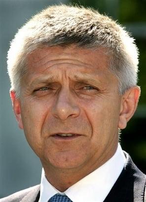 Marek Belka, aprobat in functia de guvernator al bancii centrale a Poloniei