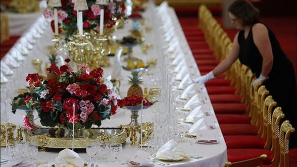 Masa de Paste, in stil regal: Ce decoratiuni alegi?