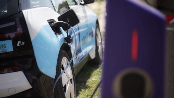 Masinile electrice, tot mai la indemana in Bucuresti: Acum ai acces la flota eGo cu orice card bancar