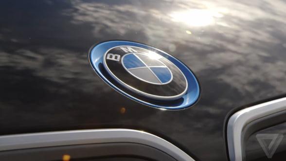 Masinile electrice BMW se vand ca painea calda. Compania, nevoita sa creasca productia