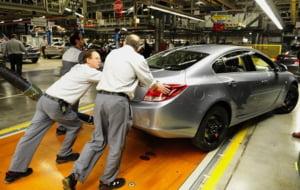 Masuri de criza: Opel scade salariile si concediaza 3.500 de angajati