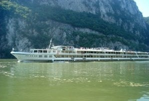 Mazare promite achizitia unor vase de agrement pentru croaziere pe Marea Neagra