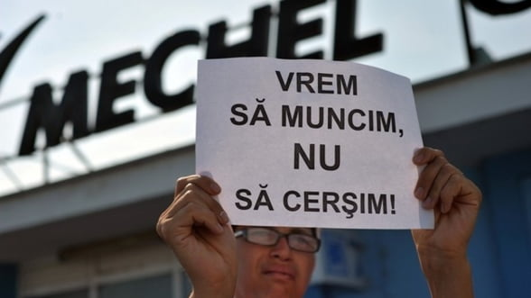 Mechel: Peste 100 de angajati disponibilizati protesteaza la Campia Turzii